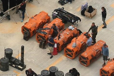 rogue one orange boxes.jpg